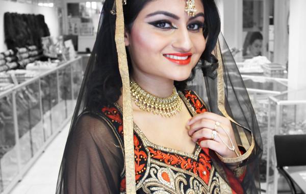 Indiase Bridal Make-Up en Haarkapsels